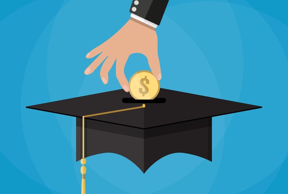 5 Tips to Help Pay for College