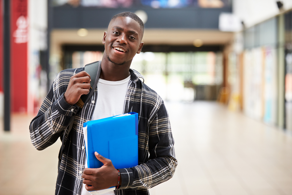 5 Things Rising Seniors Can Do Before Returning To School